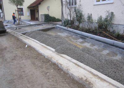 Mitarbeiter der Breiteneicher GmbH, Vilsbiburg beim Strassenbau